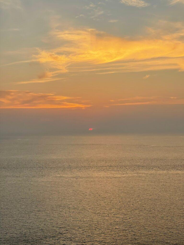 พระอาทิตย์ตกดิน แหลมพรหมเทพ