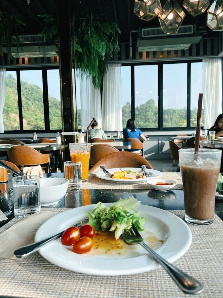 อาหารเช้า เสม็ดนางชี บูทีค