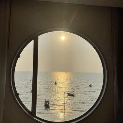 """ผู้หญิงคนเดียว เที่ยวทะเลใกล้กรุงเทพฯ : """" บางแสน """" 2 วัน 1 คืน"""